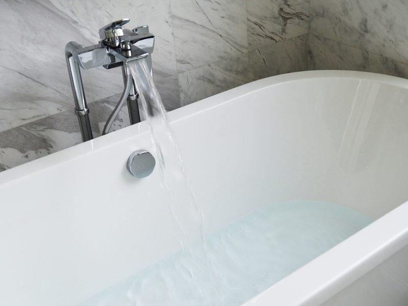 מחדשים את האמבטיה – בעיות נפוצות ודרכי הטיפול בהן